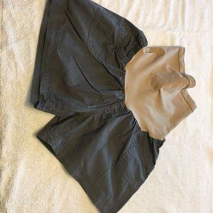 Motherhood Maternity khaki green shorts size Large